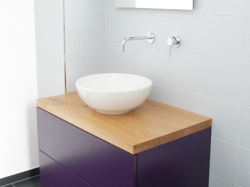 Ein Badmöbel von Späni AG Schreinerei und Innenausbau, installiert in Rickenbach