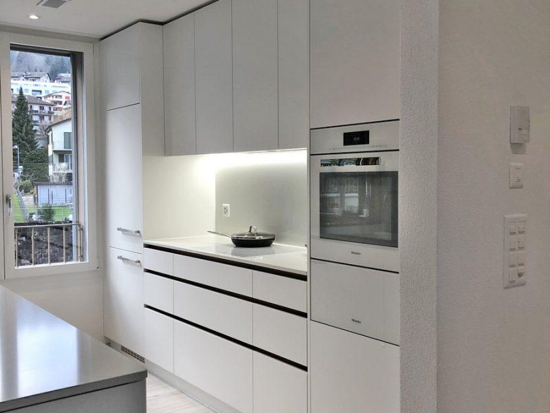 Eine Küche von Späni AG Schreinerei und Innenausbau, installiert in Hergiswil