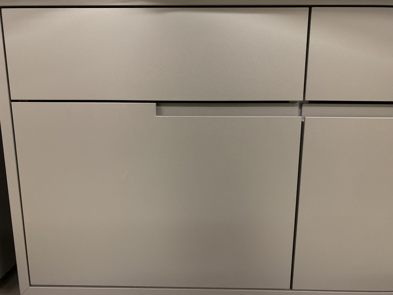 lackiertes Badmöbel in der Produktion der Späni AG Schreinerei und Innenausbau Schwyz